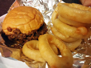 Sloppy joe with onion rings